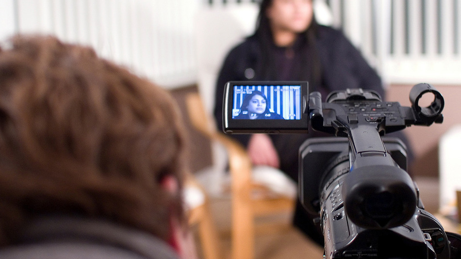 Mastering the Body Language of a Video Interview